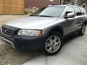 2007 Volvo XC70 2.5T AWD Wagon ***Clean Carproof***