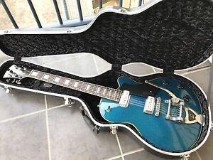 Guild DeArmond M-75T - blue sparkle Taringa Brisbane South West Preview