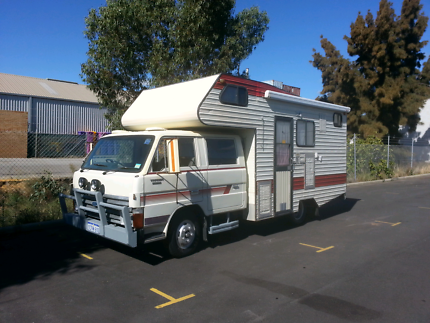 """Motorhome Ford Trader diesel """"Family"""" 4 door travel realistic O"""
