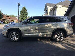 SAFETIED 2015 *TOYOTA HIGHLANDER  LE *AWD*8!SEATS*27990$
