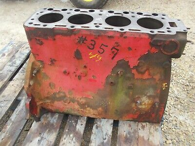 Massey Harris 44 Tractor Good Original Mh 4 Cylinder Gas Engine Motor Block Caps