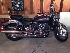 2005 Yamaha V-Star 1100 Custom