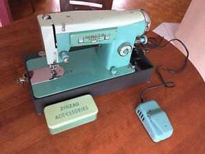 Vintage White Model 2335 Sew Easy Sewing Machine