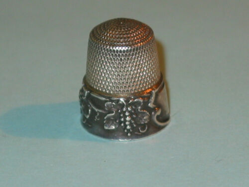Antique SIMONS Vintage Sterling Grape Motif Thimble ~ Size 11