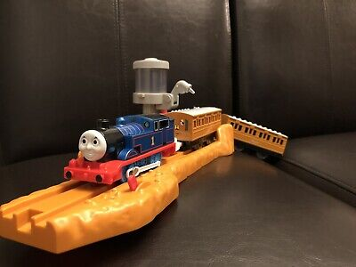 Tomy Trackmaster Motorized Steam Along Thomas Annie Clarabel & Water Station