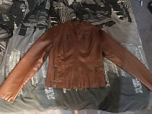 Leather jacket Amaroo Gungahlin Area Preview