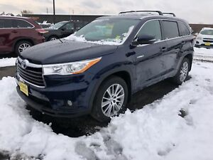 2015 Toyota Highlander Hybrid XLE, Navigation, 3rd Row Seating,