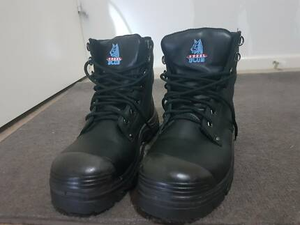 Near new Blue Steel unisex safety boots