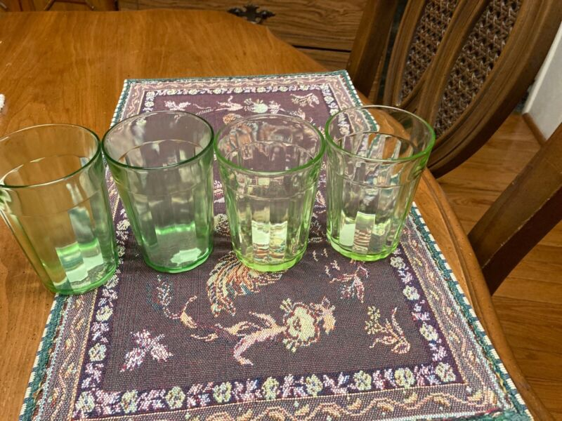 SET 4 DRINK TUMBLERS! Vintage HOCKING GLASS ? depression GREEN PANEL pattern