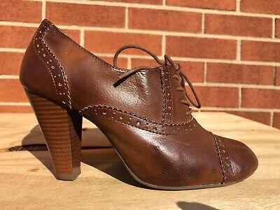 American Eagle Ankle Boot Lace Up Heels Brown cap toe Oxford shoes Sz 5.5 M Cap Toe Oxford Heels