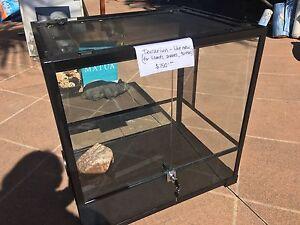 Terrarium cage for reptiles, turtles, rats, lizards Merrimac Gold Coast City Preview