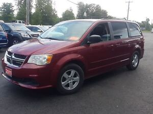 2011 Dodge Grand Caravan dvd safetied SXT