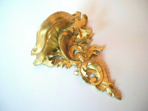 Italy Gold Carved Wood Wall Sconce Shelf Florentine