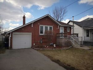 FABULOUS LARGE NEW RENO 2 BED MAIN FLOOR ALL INCLUSIVE ELLIS AVE
