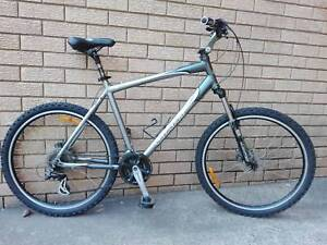 "Giant Sedona DX 21"" Mountain Bike"