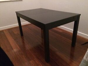 Extendable Dining Table (4-8 person) in Excellent Condition Summer Hill Ashfield Area Preview