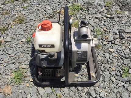 Ozito 2 stroke pump