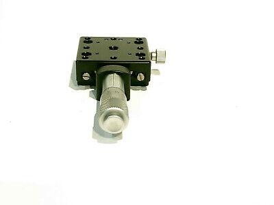 Melles Griot Linear Positioner Stage Platform Positioner Micrometer