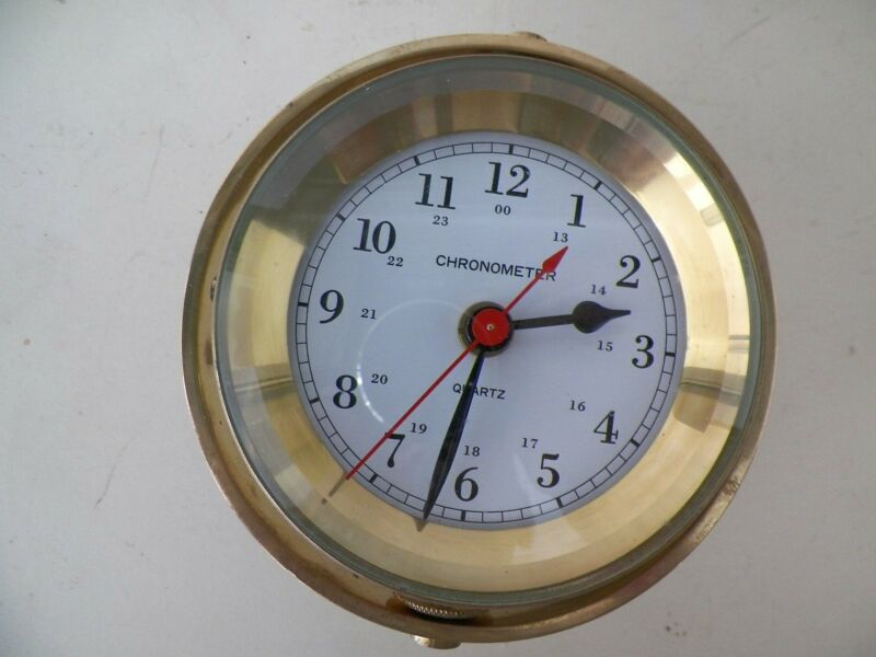 VINTAGE CHRONOMETER QUARTZ NAUTICAL CLOCK IN LEVLER WOOD CASE