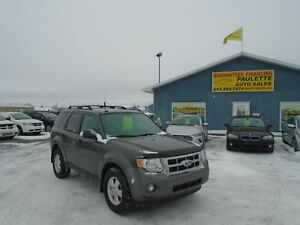 2012 Ford Escape XLT * COME IN AND GET APPROVED *