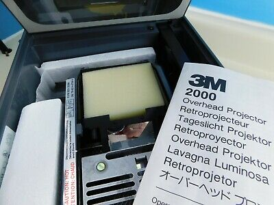 3M 2000  Portable Briefcase-Style Overhead Projector (NEVER BEEN USED)