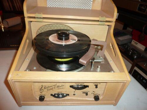Exceptional Working Ristaucrat Automatic Phonograph - Radio      Blonde Version