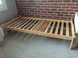 Free single bed and mattress Glenmore Park Penrith Area Preview