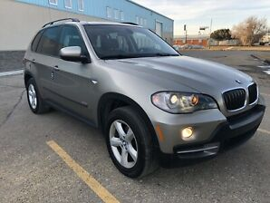 2007 BMW x5 loaded with low Kms!! A MUST SEE!!