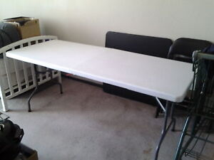 Folding white table