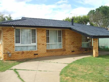 Brick and Tile - West Tamworth