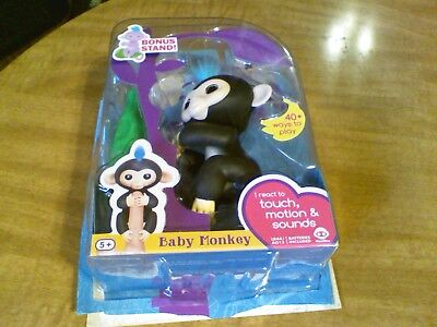 Fingerlings Finn Black Blue Hair Interactive Pet Baby Monkey Wowwee Authentic