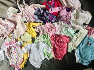 Lot de vêtement fille 0-3 mois, plusieurs marques neufs