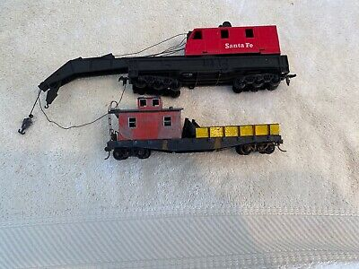 HO SCALE CRANE CAR AND WORKING CABOOSE Ho Scale Working