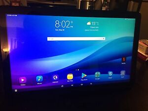 Almost new Samsung galaxy view, 18.4 inch 32g