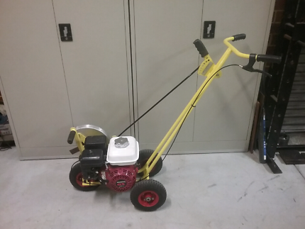 Reconditioned MEY lawn edger