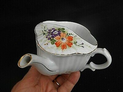 Clover Shaped Hand Painted ** DAISIES ** Invalid Feeder/Feeding Cup