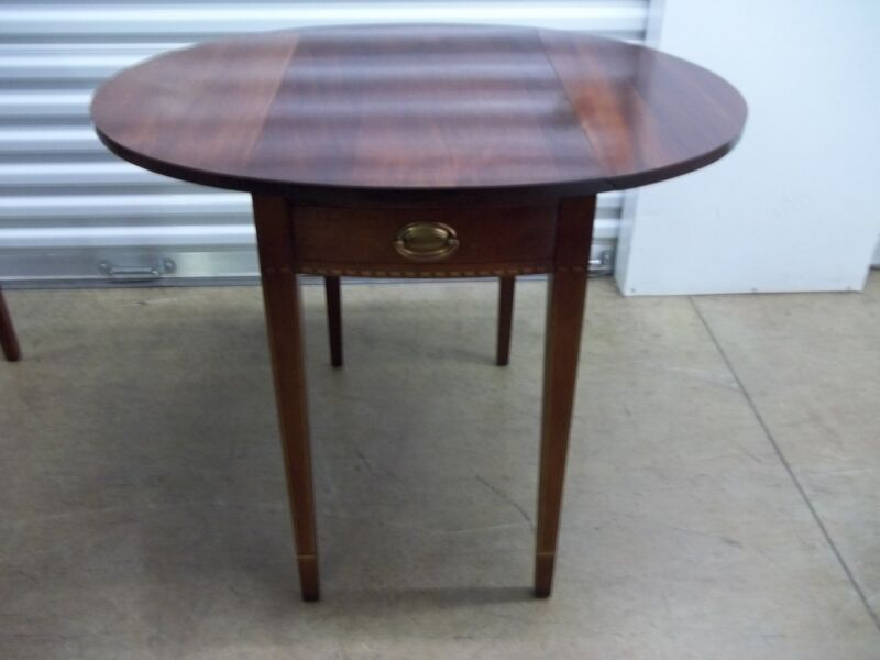 Craftique Furniture Mahogany Hepplewhite Pembroke Table with Inlay