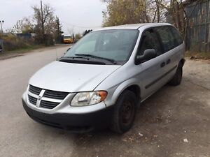 2007 Dodge Caravan SE / Very well maintained