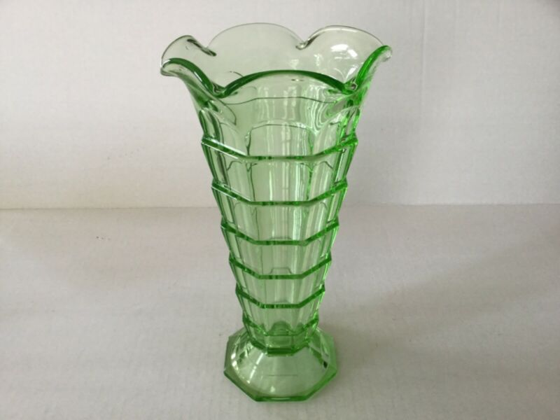 "Depression Glass Indiana Tearom Green 9 1/2"" Vase"