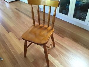 4 X country style dining chairs Wollongong Wollongong Area Preview