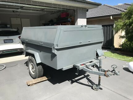 Trailer enclosed set up for camping