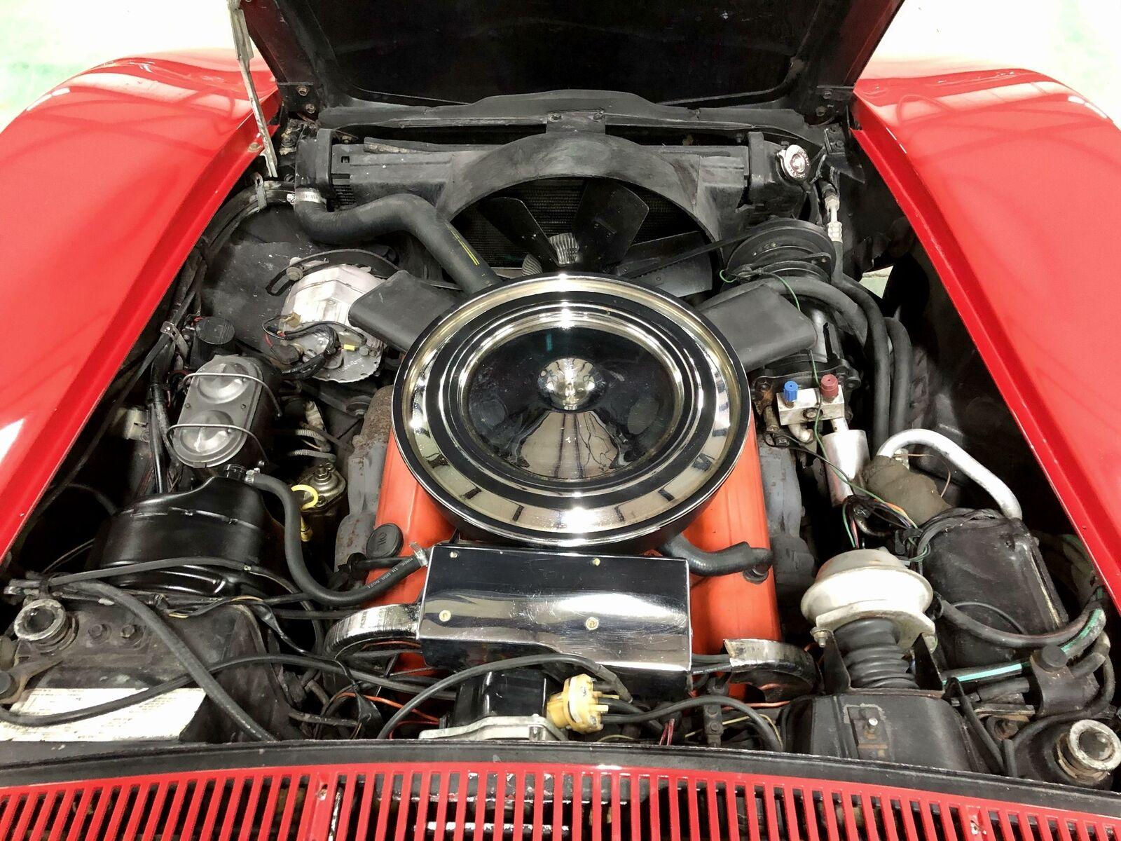 1972 Red Chevrolet Corvette     C3 Corvette Photo 10