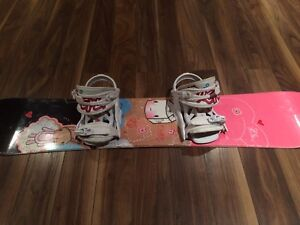 Girls Snowboard size 125 with Bindings