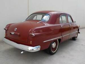 1950 Ford Custom Deluxe fordor sedan 239 CU V8 sidevalve Manual
