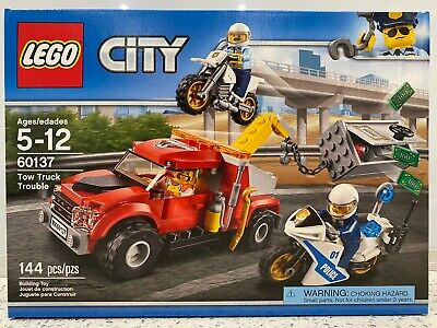 LEGO City Tow Truck Trouble - 144 Pieces - NEW in Sealed Box NIB