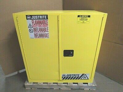 Justrite Suregrip Ex Flammable Storage Cabinet 893000 30 Gal Gallon 114 L Liter