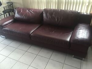 Morgan furniture 4 seater and 3 seater Real leather Hampton Park Casey Area Preview
