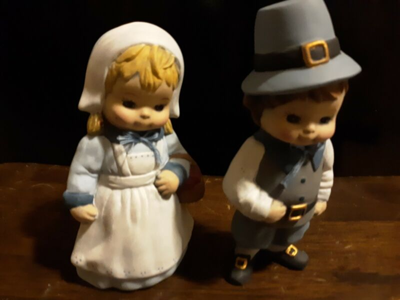 Vintage Figurines Pilgrim Boy and Girl Set Of Two