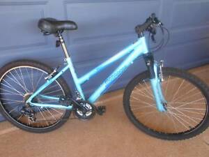 MONGOOSE MOUNTAIN BIKE ONLY $50 JUST HAD $30 SERVICE 26 inch wheels