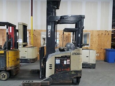 Crown Rr5285s Electric Reach Truck Narrow Aisle Fork Truck Forklift Stand Up